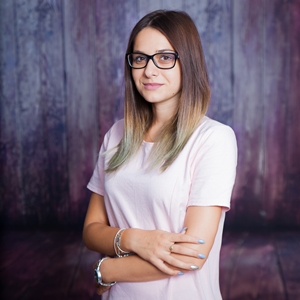 Claudia Comsa – educatoare Albinute-2